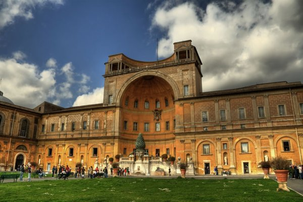 6 of the Oldest Museums in the World